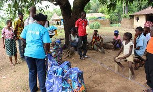 Since the Ebola outbreak in Sierra Leone, UNICEF and partners have been working to deliver essential food and non-food items to quarantined families across the country.