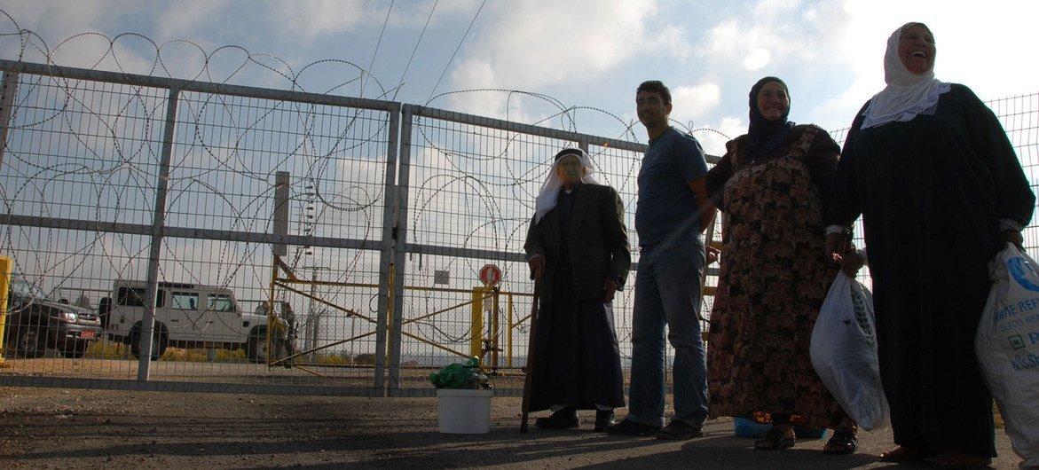 以色列在西岸架设的隔离墙。