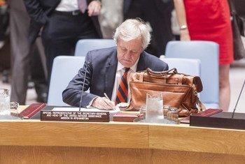 Cпециальный представитель ООН в Афганистане Николас Хейсом