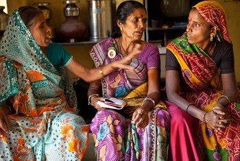 В Индии члены  сообщества одиноких  женщин. Фото  ООН