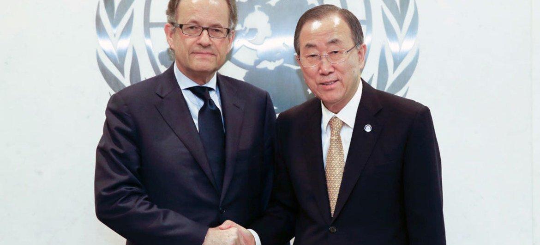 Michael Møller (left) and Secretary-General Ban Ki-moon (March 2014).