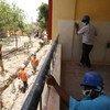 Les travailleurs du secteur de la construction peuvent être exposés à l'amiante, surtout dans les pays en développement.