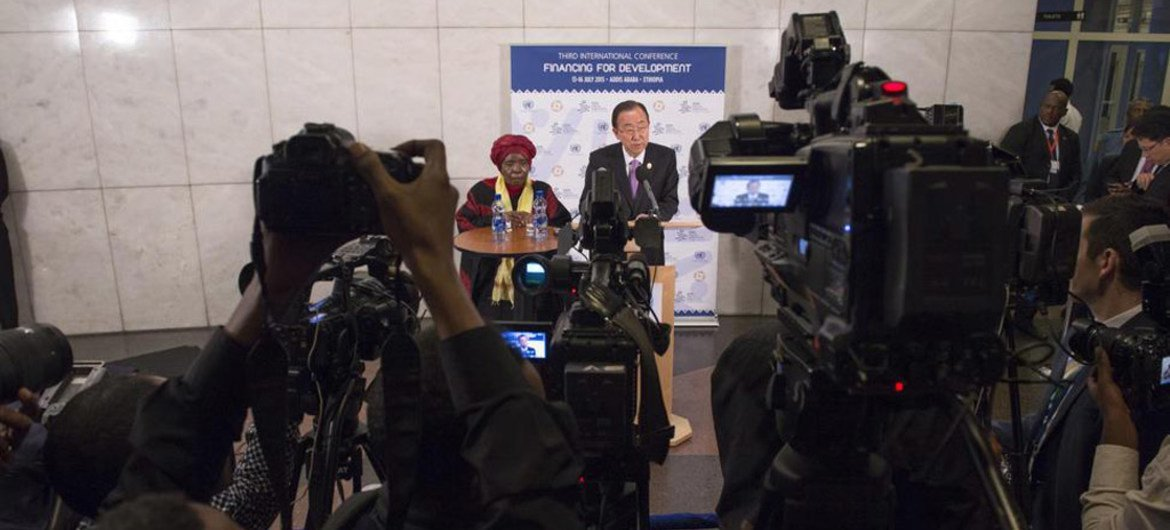 Ban urges South Sudan leaders to 'give up war' and forge a political