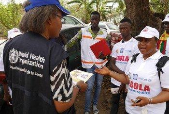 Guinea, origen de la epidemia del ébola, se ha declarado libre de la transmisión del virus casi dos años después del primer caso. Foto: OMS/P. Haughton