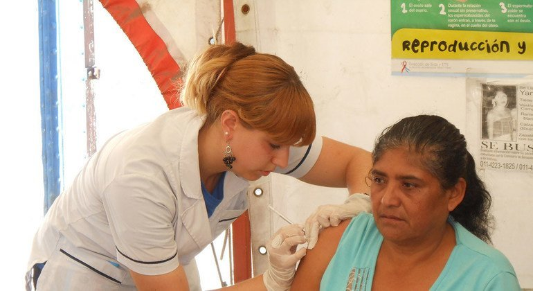 Immunization against Hepatitis B in Argentina.