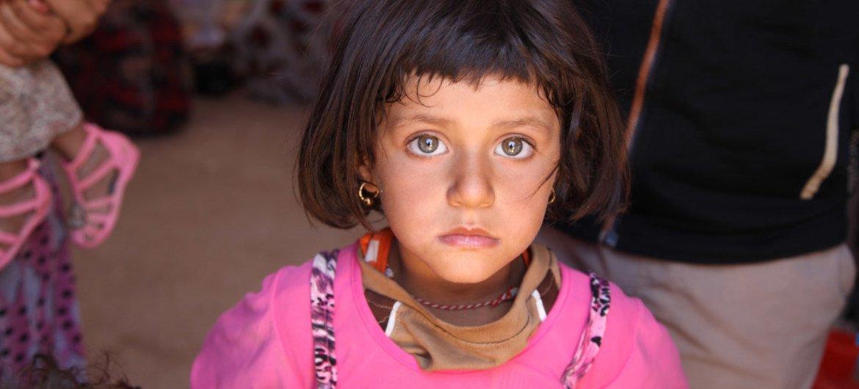 Иракская девочка из числа езидов  Фото ЮНИСЕФ/Ватик Хузайе