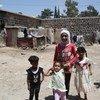 ملاجئ جماعية مؤقتة تابعة للأونروا لإيواء بعض الفئات من اللاجئين الفلسطينيين الأكثر ضعفا، بما في ذلك النساء والأطفال وكبار السن والمعوقين. الصورة: الأونروا / تغريد محمد