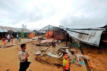 El PMA asiste a los damnificados por las inundaciones de agosto de 2015 en Myanmar. Foto: PMA