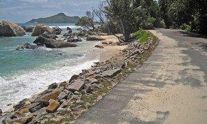 Изменение климата и повышения уровня воды в океане смывает Сейшельские острова