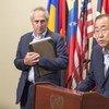 潘基文秘书长向媒体发表讲话。联合国/Eskinder Debebe