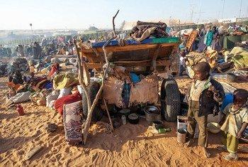 Desplazados en el norte de Darfur  Foto: UNAMID/Hamid Abdulsalam
