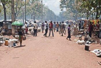 Desplazados por la violencia en Bambari, en la República Centroafricana. Foto: ONU/Catianne Tijerina