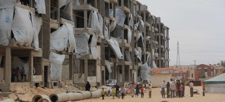 Campamento para desplazados sirios en Aleppo, Siria  Foto. UNICEF/Razan Rashidi