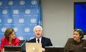 """The head of the UN Department of Public Information, Cristina Gallach (left); Richard Curtis, film-maker and founder of the Project Everyone campaign (centre); and the Secretary-General's Special Adviser on Post-2015 Development Planning, Amina J. Mohammed, brief journalists on """"The Global Goals Campaign."""""""