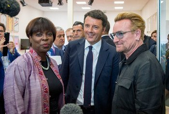 Executive Director Ertharin Cousin, Italian Prime Minister Matteo Renzi and U2 lead singer and ONE co-founder Bono at Milan Expo 2015.