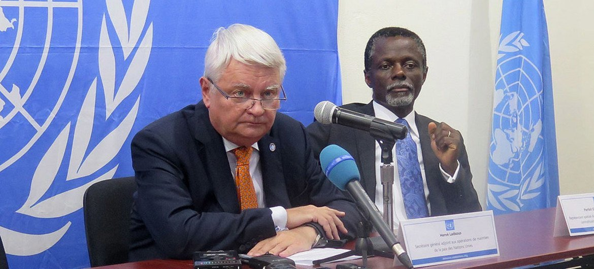 Peacekeeping chief Hervé Ladsous announcing at a press conference that the UN has established a weapons-free zone in the town of Bambari in the Central African Republic (CAR). Special Representative in CAR Parfait Onanga-Anyanga is at right.