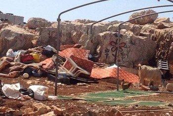 以色列以未得到建筑许可为由在2015年9月3日拆毁了西岸的7所巴勒斯坦人房屋,导致9名巴勒斯坦人流离失所。人道协调厅图片。