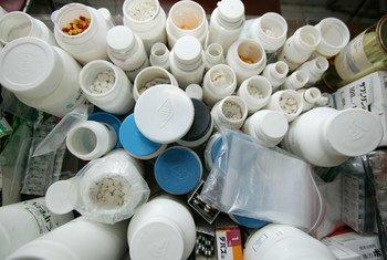 Des antiobiotiques et d'autres médicaments.