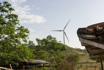 乡村风力发电。