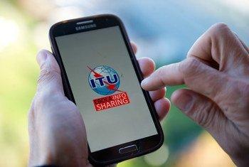 Un téléphone cellulaire. Photo UIT/M. Jacobson-Gonzalez
