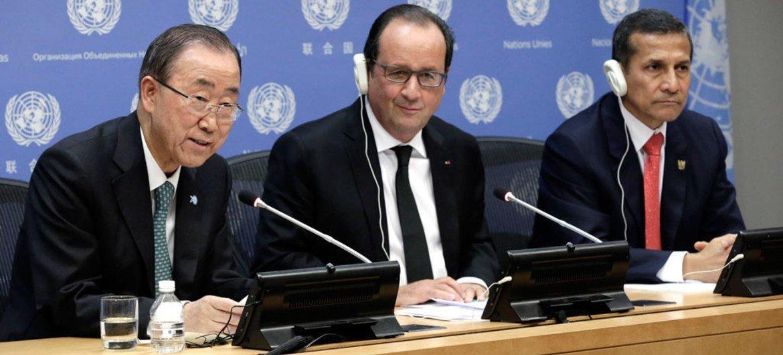 Secretary-General Ban Ki-moon (left), Presidents François Hollande of France (center) and Ollanta Humala Tasso of Peru, brief the press.