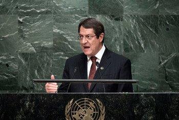 Le Président de Chypre Nicos Anastasiades devant l'Assemblée générale. Photo ONU/Kim Haughton