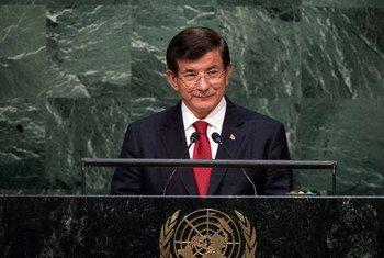 Le Premier ministre de Turquie, Ahmet Davutoglu, à l'Assemblée générale de l'ONU. Photo : ONU/Cia Pak