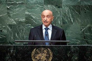 Le chef d'Etat par intérim de Libye, Agila Saleh Essa Gwaider, devant l'Assemblée générale. Photo ONU/Amanda Voisard