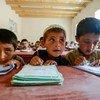 Ninos en una escuela de Afganistán.  Foto: ACNUR/Sebastian Rich
