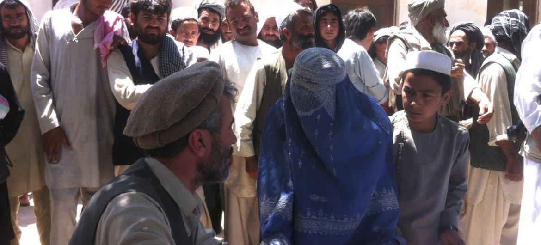 Des Afghans à Kunduz en avril 2015.