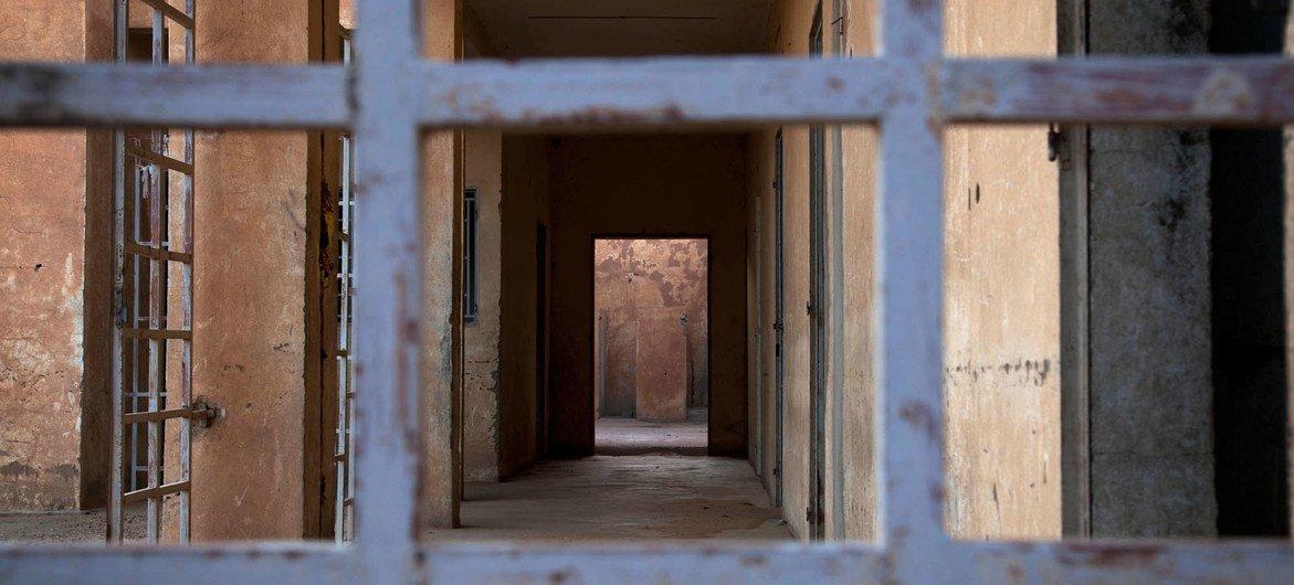 Abandoned cells in the main prison in Gao, Mali. Photo MINUSMA/Marco Dormino