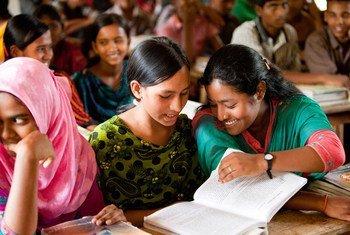 Schoolchildren in Chowrapara, Rangpur, Bangladesh.