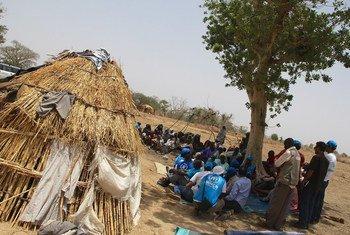 Desplazados por la violencia de Boko Haram. Foto: OCHA/Ivo Brandau
