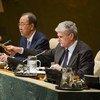 El presidente de la Asamblea General, Mogens Lykketoft (dcha) y el Secretario General Ban Ki-moon  Foto archivo: ONU/Amanda Voisard
