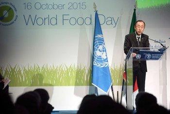 El Secretario General, Ban Ki-moon, pronuncia un discurso en la Expo Milán 2015  Foto: FAO/Alessandra Benedetti