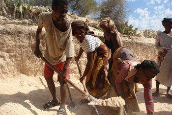 Des communautés vulnérables de Behara, dans le sud de Madagascar frappé par la sécheresse,