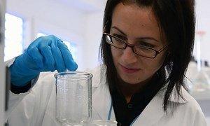 Mulheres estão sub-representadas nas áreas de ciências, tecnologias, engenharia e matemática, sendo apenas 30% dos pesquisadores no mundo