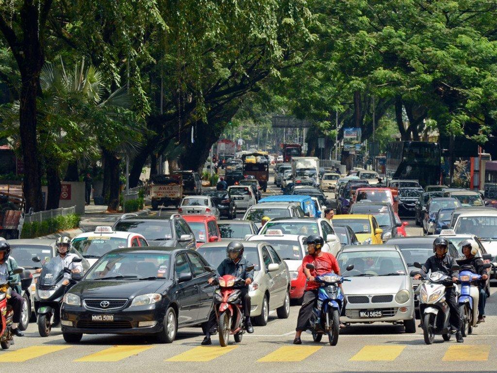 Trafic routier à Kuala Lumpur, en Malaisie