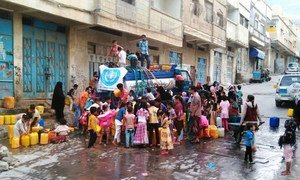 WHO has so far delivered 960,000 liters of safe water to the population of Al-Mothafar, Sala and Al-Qahera district of Taiz City, Yemen.