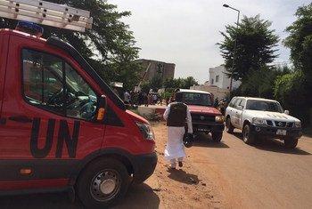 Un véhicule de l'ONU dans les rues de Bamako, la capitale du Mali (archive)