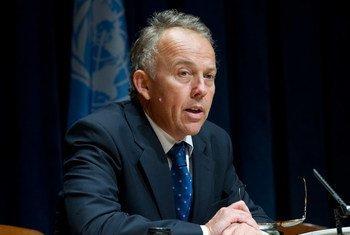 Michael Keating, representante especial para Somalia. Foto de archivo: ONU/Eskinder Debebe