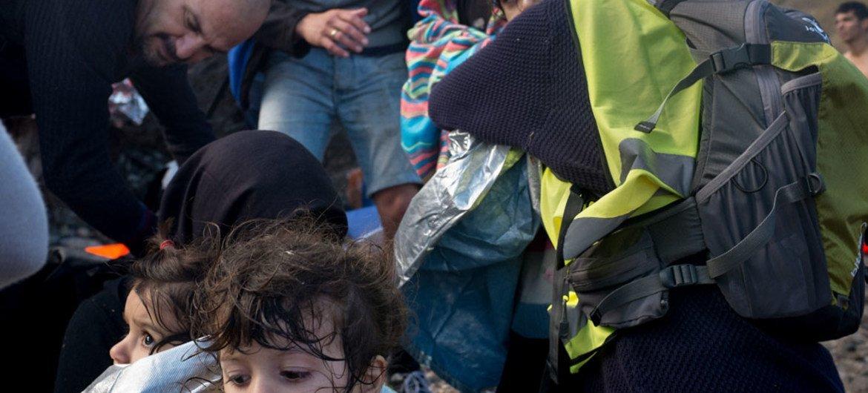 Refugiados y migrantes recién llegados a la isla griega de Lesbos. Foto: UNICEF/Ashley Gilbertson VII