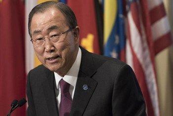 Secretary-General Ban Ki-moon briefs the press at UN Headquarters in New York.