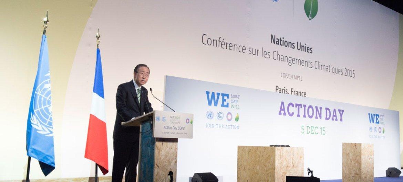 秘书长潘基文在巴黎气候变化大会行动日上发言。联合国图片/Eskinder Debebe