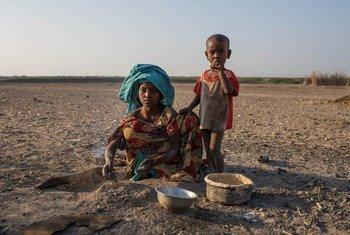Niños etíopes afectados por la sequía en Etiopía. Foto: UNICEF Ethiopia/2015/Tanya Bindra