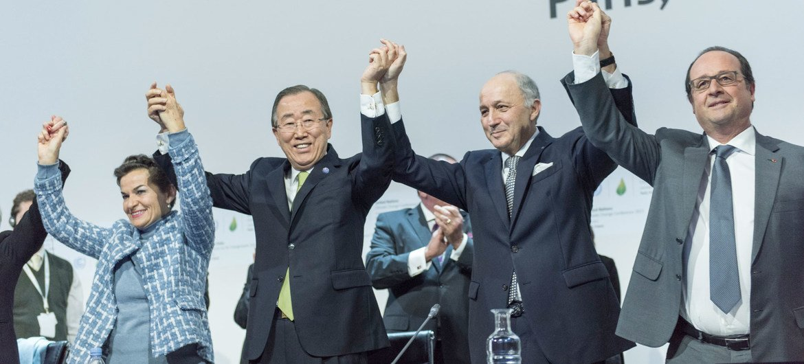 Cop21 Un Chief Hails New Climate Change Agreement As Monumental