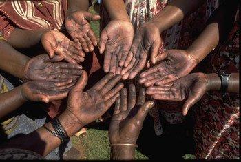 El ECOSOC estudia cómo las coaliciones entre distintos sectores de la sociedad pueden ayudar a la aplicación de la Agenda para el Desarrollo 2030. Foto de archivo: UNICEF/Giacomo Pirozzi