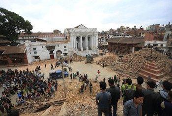 2015年5月尼泊尔地震后,联合国中央应急基金迅速拨款1500万美元。开发署图片
