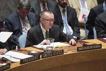 Le Secrétaire général adjoint aux affaires politiques, Jeffrey Feltman, s'adresse au Conseil de sécurité. Photo ONU/Eskinder Debebe