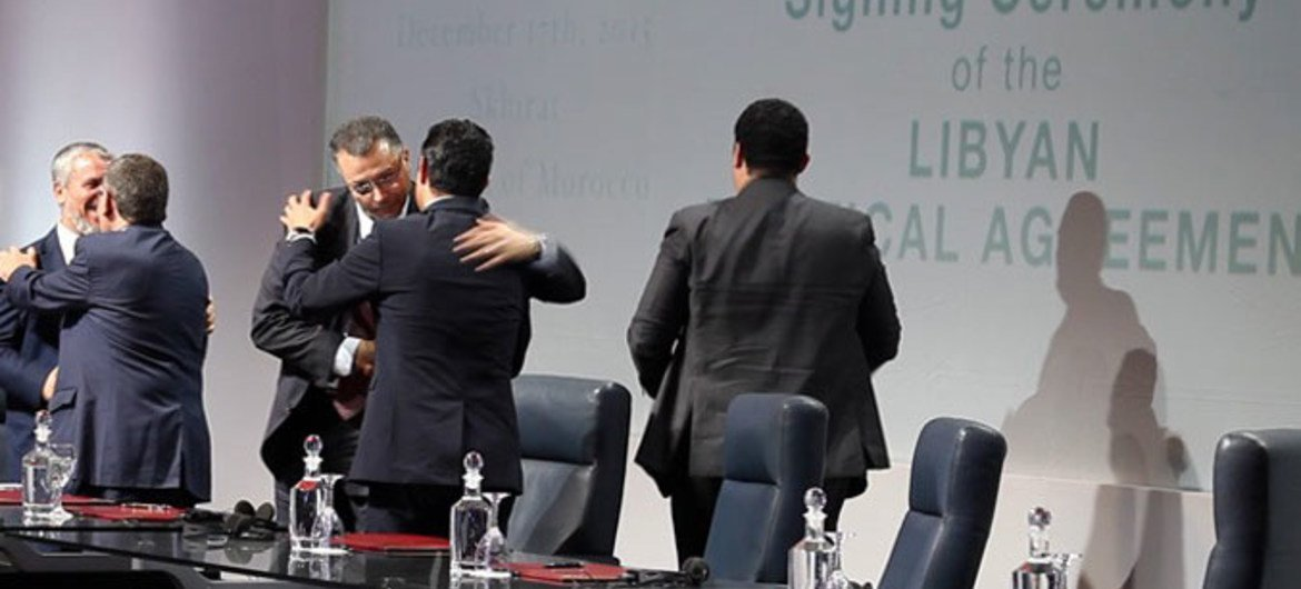 Libyan parties sign the Political Agreement in Skhirat, Morocco, 17 December 2015.